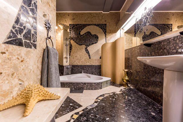 Płytki i mozaiki sposobem na dekorację łazienki
