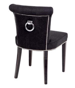 Stylowe i eleganckie krzesło z kołatką