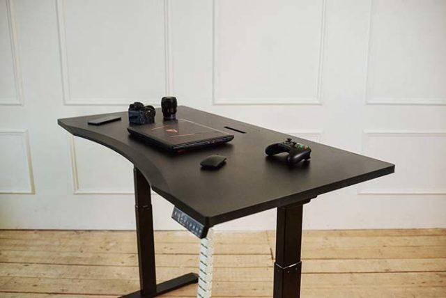 Biurko regulowane dla każdego