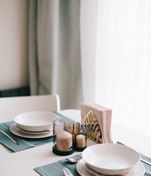 Jak wybrać odpowiednią zastawę stołową do domu?