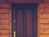 Dekoracje nowoczesnych drzwi zewnętrznych do domu i mieszkania