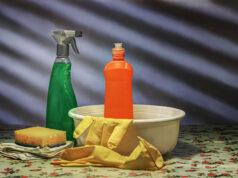 Zapach wilgoci i stęchlizny